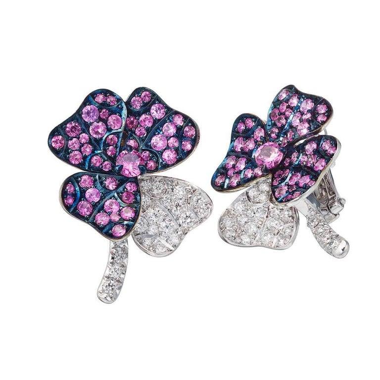 Modern AENEA 18k White Gold Pink Sapphires White Diamonds Flower Ring For Sale