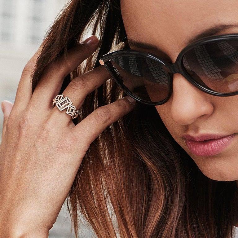 18 Karat Gold Rhodium Silver White and Black Diamonds Black Spinel Ring Aenea For Sale 1