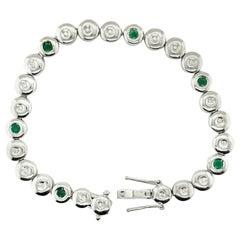 18K White Gold Round Cut Diamond and Emerald Bracelet