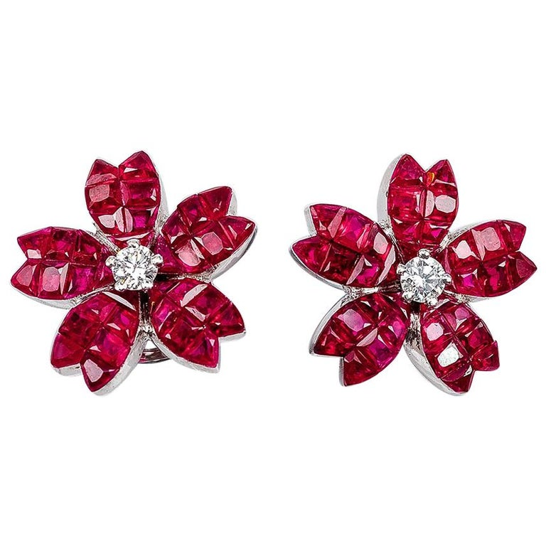 18K White gold Ruby and diamond invisible Stud Earrings For Sale