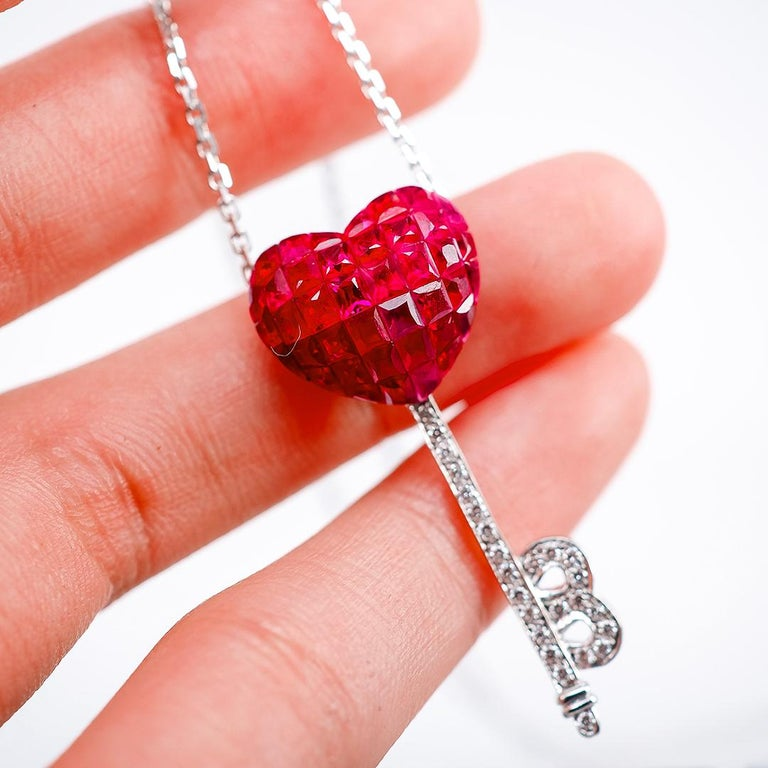 Women's 18 Karat White Gold Ruby and Diamond Pendant Necklace Heart Key For Sale