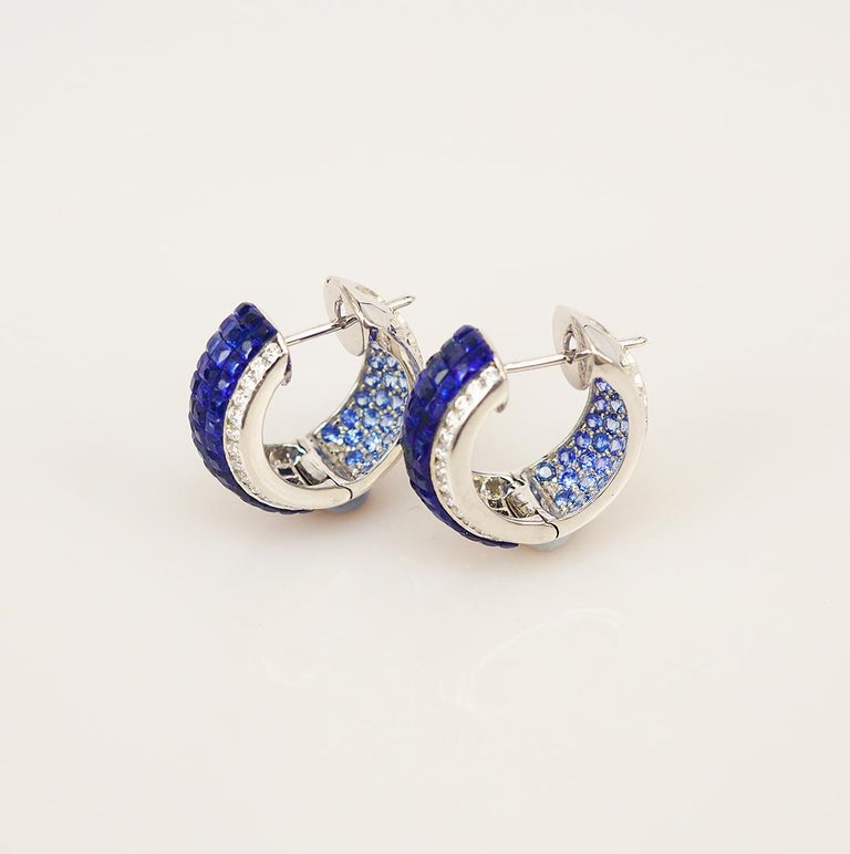 Round Cut 18 Karat White Gold Sapphire Hoop Earrings For Sale