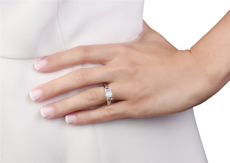 18 Karat White Gold Three-Stone Emerald Cut Diamond Engagement Ring In New Condition For Sale In New York, NY