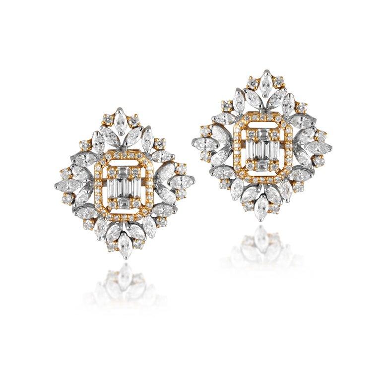 Mixed Cut 18 Karat White Gold White Diamond Stud Earrings For Sale