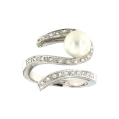18k White Gold with White Pearls and White Diamonds Ring