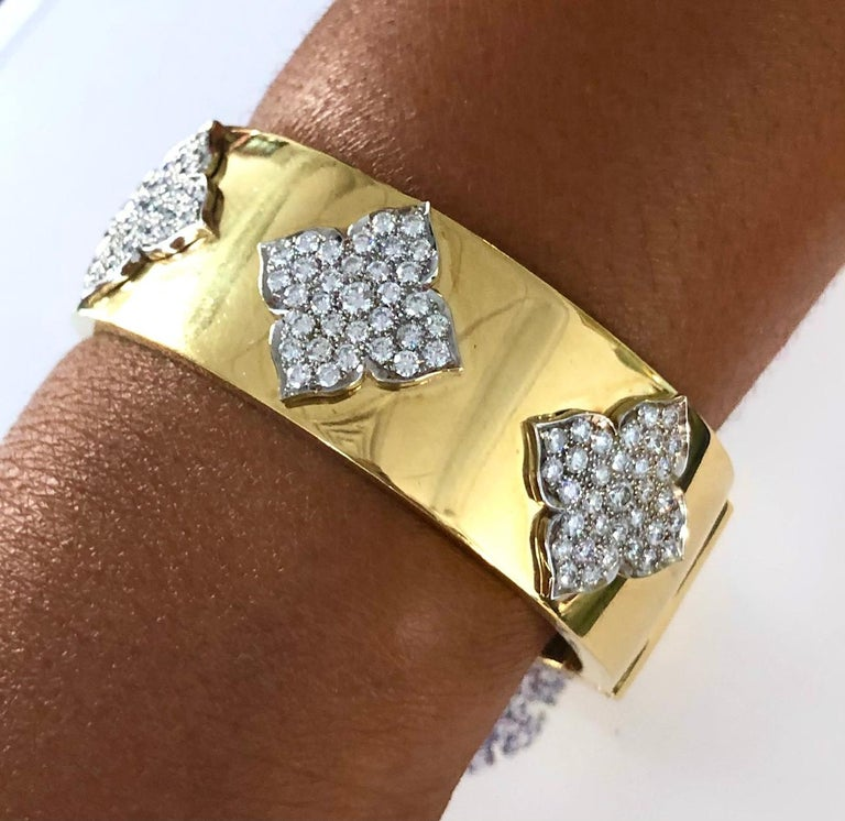 Round Cut 18 Karat Yellow and White Gold Diamond Cuff-Bangle Bracelet For Sale