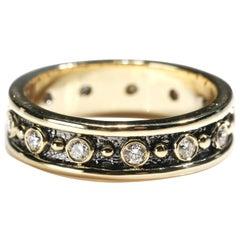 18 Karat Yellow Gold 0.80 Carat Round Cut Diamond Full Band Ring US Size 6