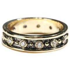 18 Karat Yellow Gold 0.80 Carat Round Cut Diamond Full Band Ring US Size 7