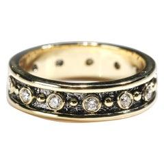 18 Karat Yellow Gold 0.80 Carat Round Cut Diamond Full Band Ring US Size 8