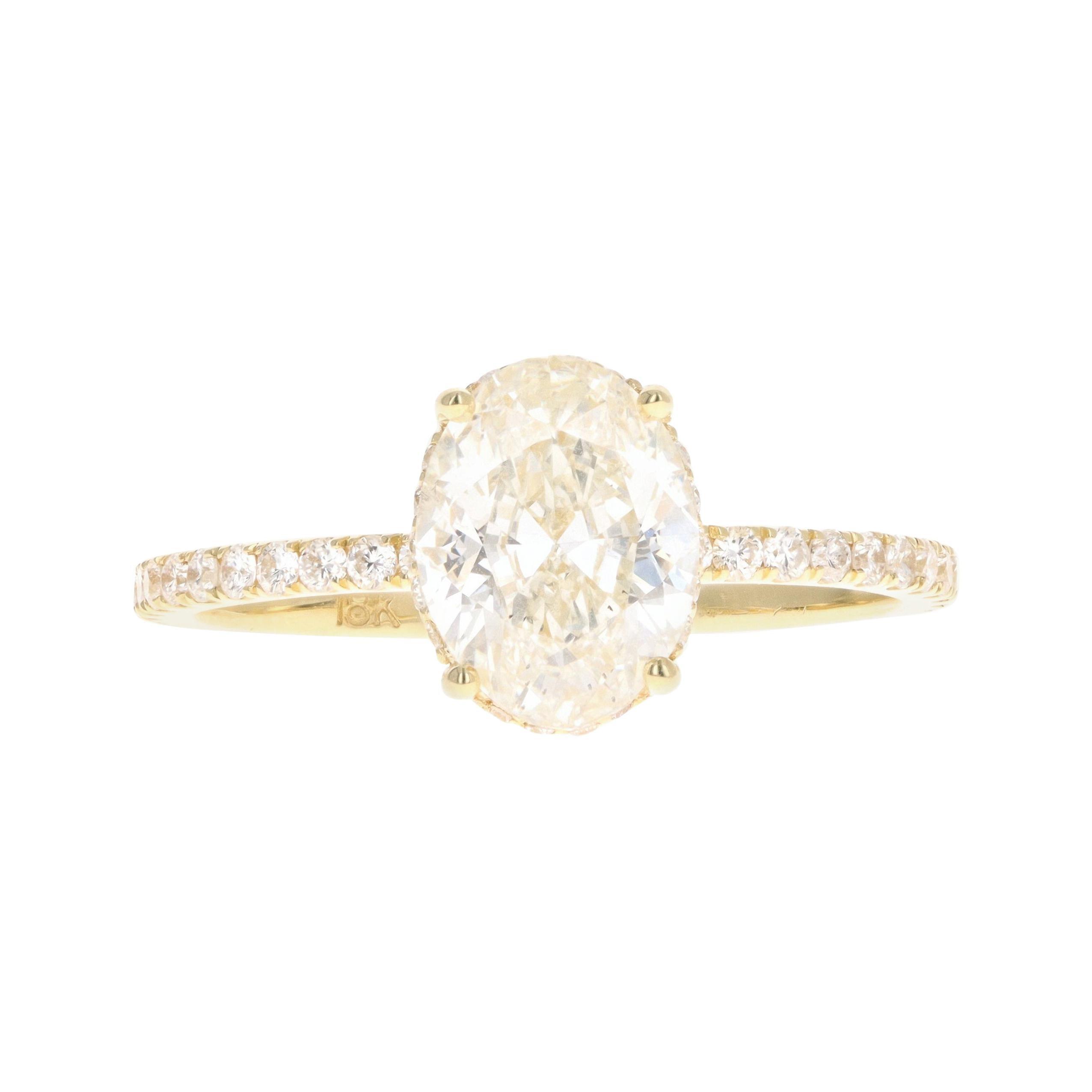 18K Yellow Gold 1.50 Carat Oval Cut Diamond Ring
