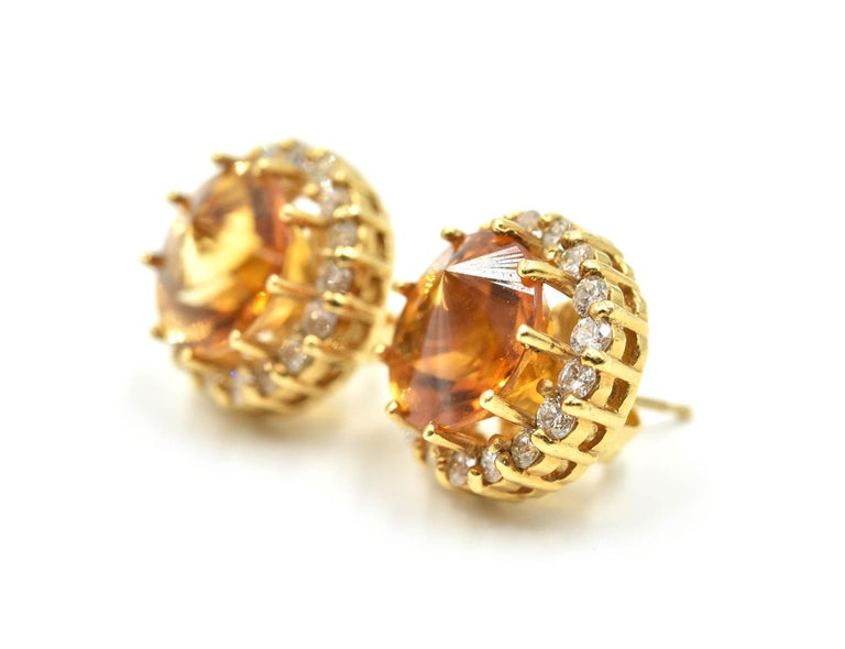 18 Karat Gold, 4.00 Carat Fantasy Cut Citrine with Round Diamond Halo Earrings In Excellent Condition For Sale In Scottsdale, AZ