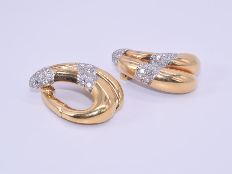 18 Karat Yellow Gold and Diamond Hoop Earrings by Van Cleef & Arpels circa 1950s In Good Condition For Sale In New York, NY