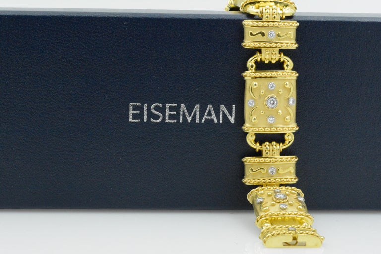 Modern 18 Karat Yellow Gold and Diamond Linked Bracelet For Sale