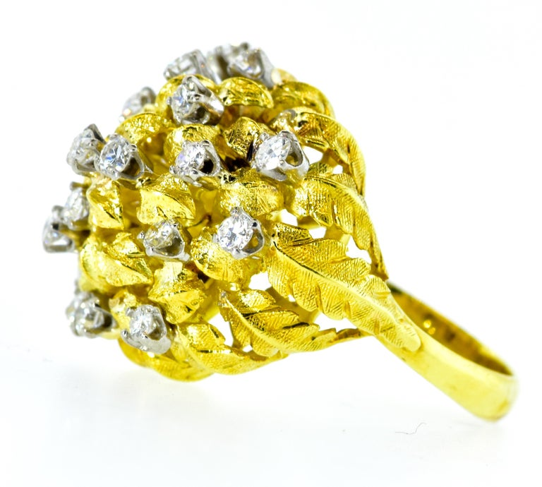 Contemporary 18 Karat Yellow Gold and Diamond Vintage Ring, circa 1960 For Sale