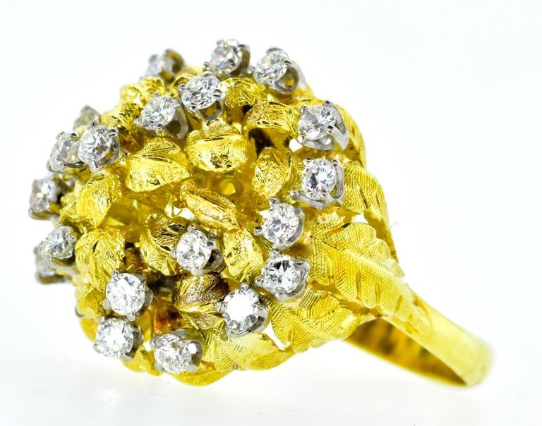 18 Karat Yellow Gold and Diamond Vintage Ring, circa 1960 In Excellent Condition For Sale In Aspen, CO