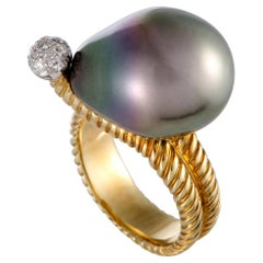 18 Karat Yellow Gold and Platinum Diamond and Black Pearl Ring