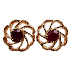 18 Karat Yellow Gold and Red Ruby Stud Earrings