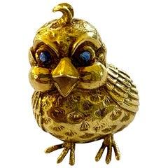 18 Karat Yellow Gold Brooch, 'Chick', London, 1970