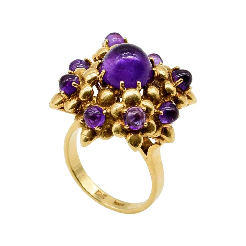 18k Yellow Gold Cabochon Amethyst Cocktail Ring