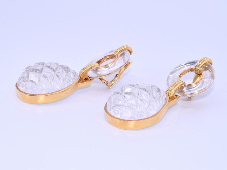 18 Karat Yellow Gold Carved Rock Crystal Drop Earrings by David Webb In Good Condition For Sale In New York, NY