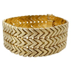 Gold Bracelet Chevron Pattern