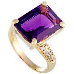 18 Karat Yellow Gold Diamond and Amethyst Rectangle Ring
