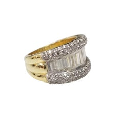 18k Yellow Gold Diamond Baguette and Round Wedding Ring