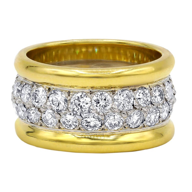 18 Karat Yellow Gold Diamond Cigar Band