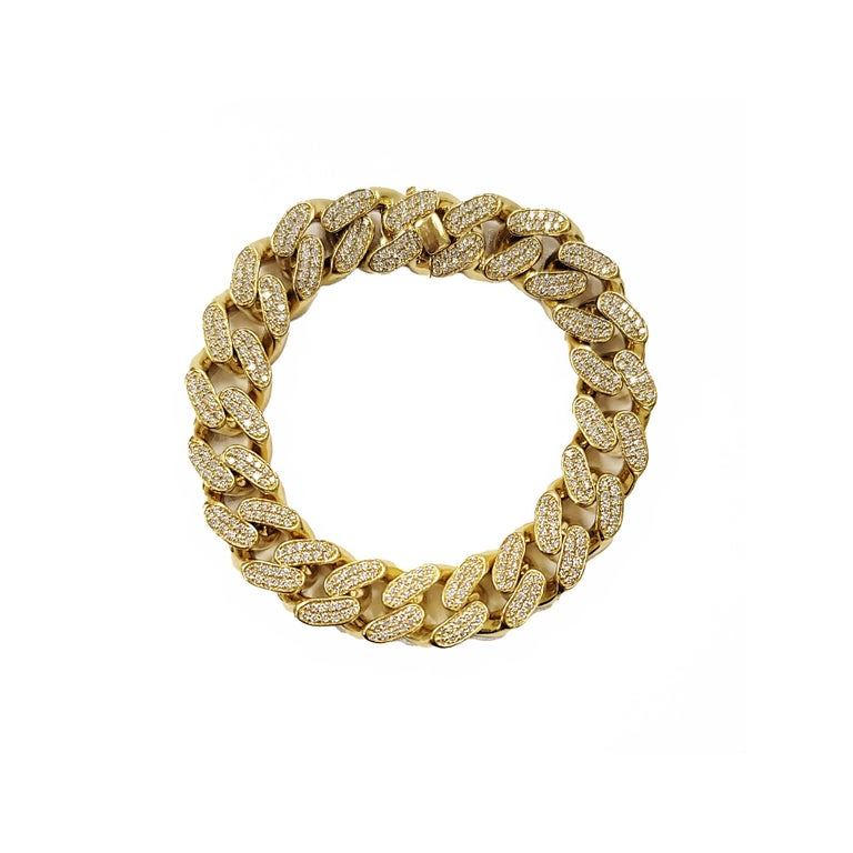 Round Cut 18 Karat Yellow Gold Diamond Cuban Link Bracelet For Sale