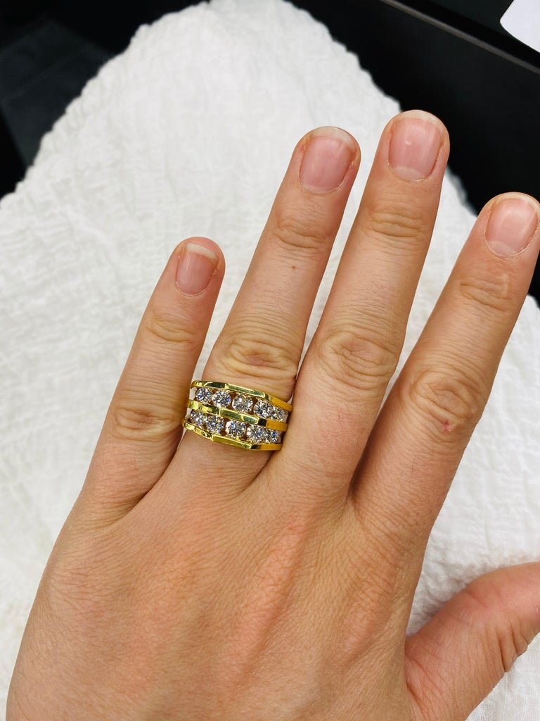 18 Karat Yellow Gold Diamond Openwork Ring 1.65 Carat For Sale 4