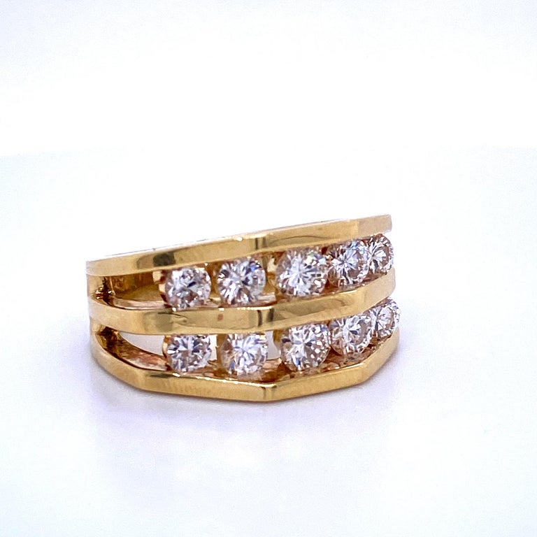 Contemporary 18 Karat Yellow Gold Diamond Openwork Ring 1.65 Carat For Sale