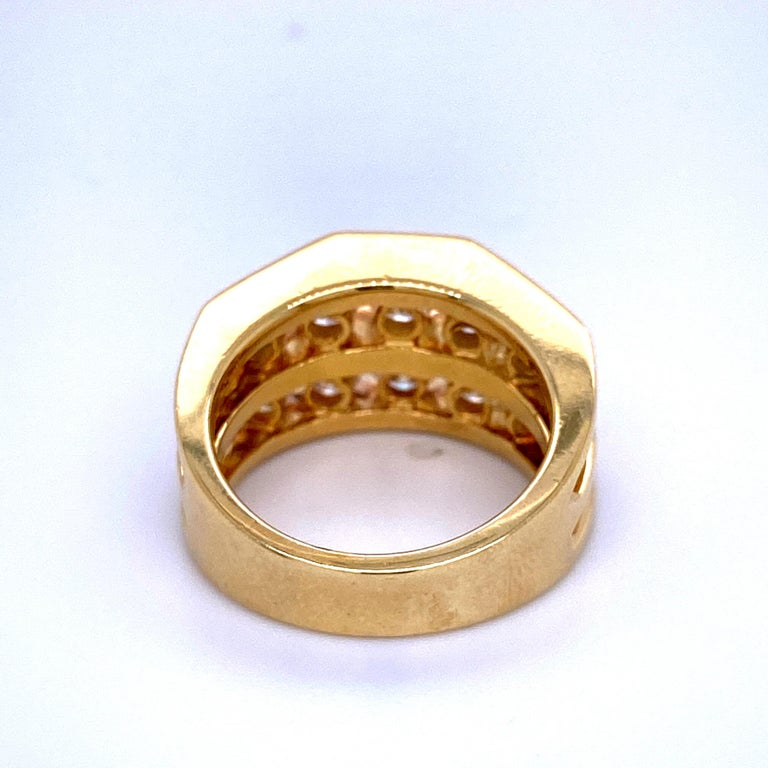 18 Karat Yellow Gold Diamond Openwork Ring 1.65 Carat For Sale 2