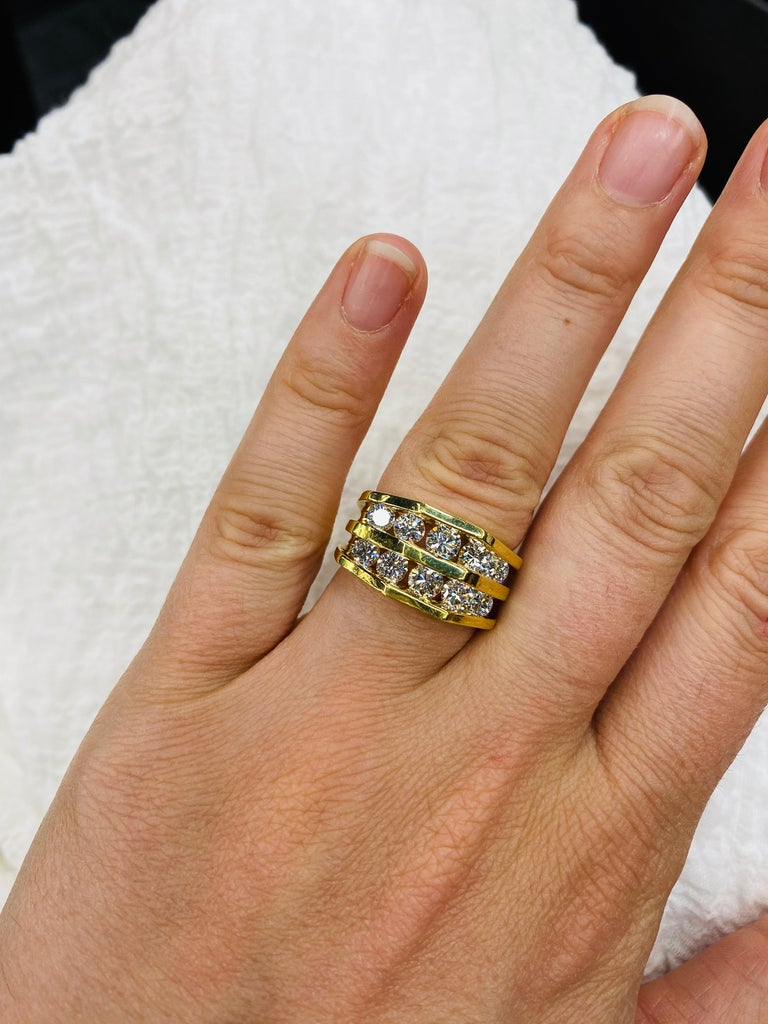18 Karat Yellow Gold Diamond Openwork Ring 1.65 Carat For Sale 3