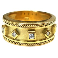 18 Karat Yellow Gold Diamond Ring 0.24 Carat