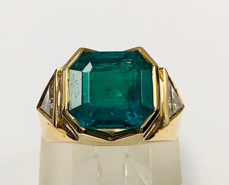 Emerald Cut 18K Yellow Gold, 8.41 CT Colombian Emerald and Diamond Special Ring For Sale