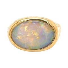 18k Yellow Gold Hammered 3.65 Carat Opal Ring