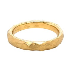 18k Yellow Gold Hammered Ladies Band