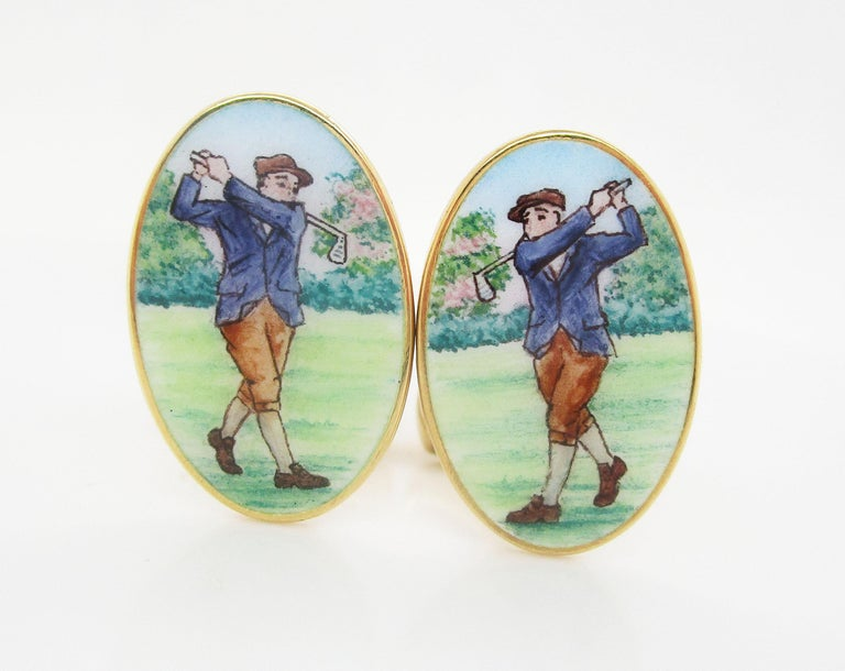 These are an incredible pair of 18k yellow gold hand painted cufflinks. The heavy swivel bar backs have space to be monogrammed and personalized. These links are perfect for the golfer who plays with linx! The hand painting is in fantastic condition
