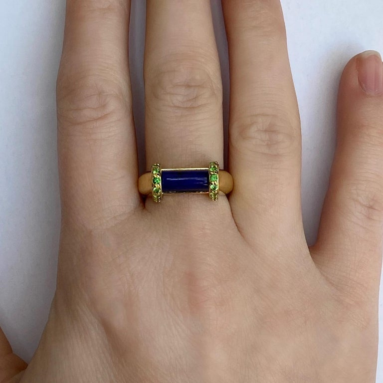 Cabochon 18 Karat Yellow Gold Lapis Lazuli and Tsavorite Garnet Ring For Sale