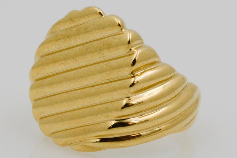 Retro 18 Karat Yellow Gold Men's Ridged Ring For Sale