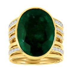 18k Yellow Gold Oval Shape Green Emerald Diamond Ring 'Center 11.85 Carat'