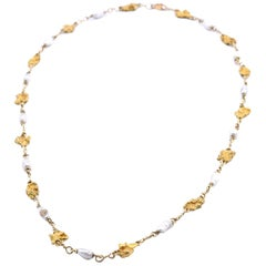 18 Karat Yellow Gold Pearl and Gold Nugget Station Necklace