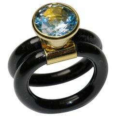 18K Yellow Gold Ring With Large Aquamarine Solitaire