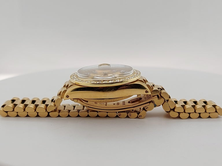 18 Karat Yellow Gold, Rolex Ladies, Datejust President with Diamonds Ref.6917 For Sale 8