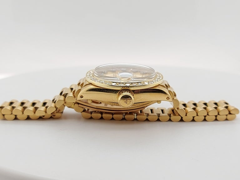 18 Karat Yellow Gold, Rolex Ladies, Datejust President with Diamonds Ref.6917 For Sale 9