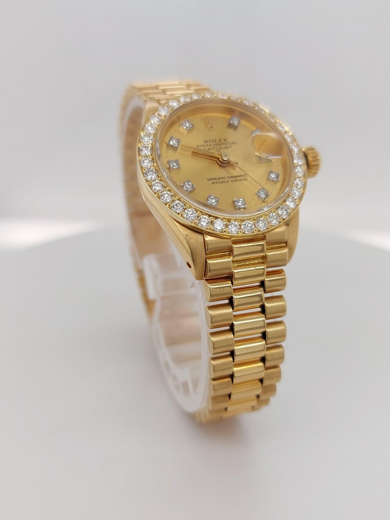 18 Karat Yellow Gold, Rolex Ladies, Datejust President with Diamonds Ref.6917 In Excellent Condition For Sale In Antwerp, BE