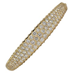 18k Yellow Gold & Round Brilliant Cut Diamond Bangle Bracelet, 5.54 Carats