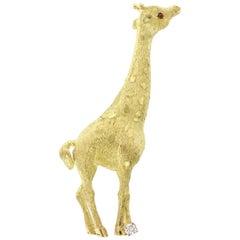 18 Karat Yellow Gold Ruby and Diamond Giraffe Pin