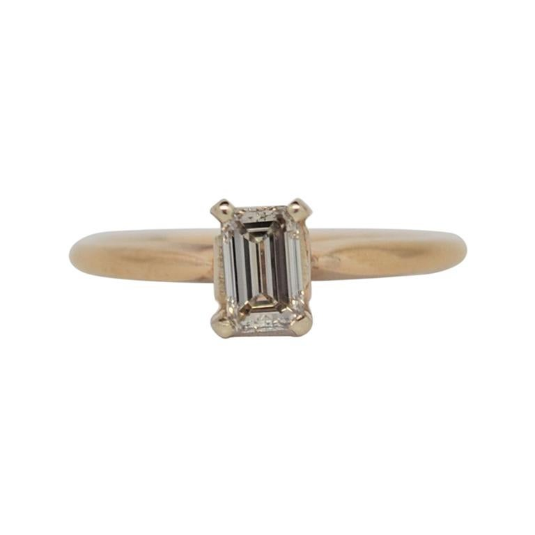18K Yellow Gold Solitaire Emerald Cut Diamond Engagement Ring For Sale