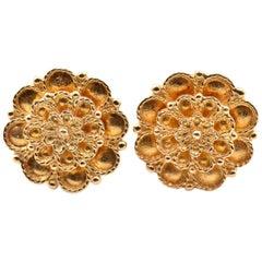 18 Karat Yellow Gold Textured Flower Stud Earrings